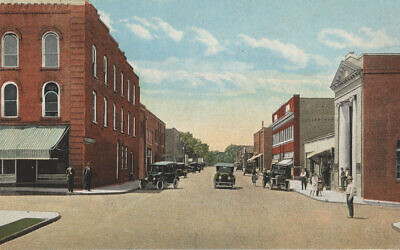 A postcard depicts a street in Mebane, North Carolina. Flickr CC/UNC Libraries Commons