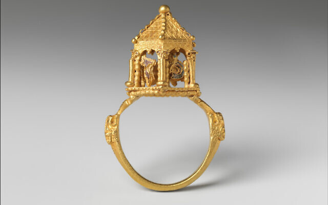 Made in the Italian Peninsula?, ca. 1300–before 1349. Gold, enamel. This wedding ring is the most technically accomplished example of goldsmith's work in the Colmar Treasure. Its miniature dome and supporting arches mimic the imagined form of the lost Temple in Jerusalem, metaphorically connecting that site to the newlyweds' home. Musée de Cluny – Musée National du Moyen Âge, Paris/The Colmar Treasure/Met Cloisters, New York via TOI