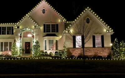 Holiday lights in the author's neighborhood. Photos courtesy of Esther Gingzberg.
