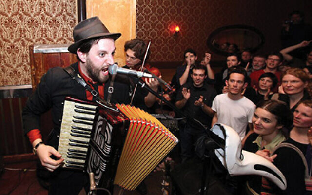 Next up in the Folksbiene!LIVE online series is Daniel Kahn, the Detroit-born, Berlin-based singer/songwriter who gives klezmer some clever twists and turns. The event is Wednesday, April 29 at 7 p.m. Paintedbird.de