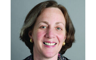 Dianne Lob, the immediate past chair of HIAS, was elected chair-elect of the Conference of Presidents of Major American Jewish Organizations, effective April, 2021.