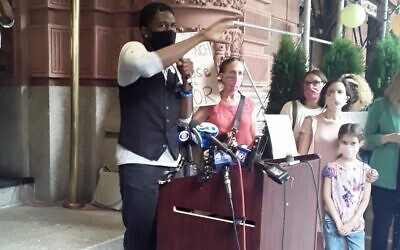 New York City Public Advocate Jumaane D. Williams protests a decision to remove homeless residents from a temporary shelter at the Upper West Side's Lucerne hotel, Sept. 9, 2020. (Via Twitter)