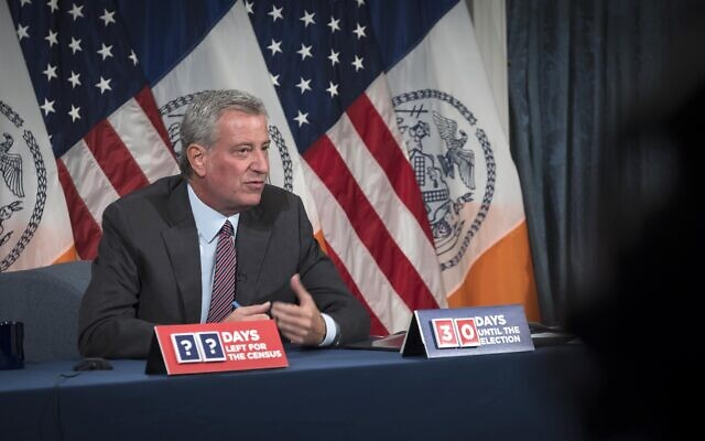 Mayor Bill de Blasio sent a proposal Sunday to New York State government to close non-essential businesses, including public and private schools, in nine New York City zip codes where Covid-19 rates have remained over 3% for the past seven days. City Hall. Oct. 4, 2020. (Ed Reed/Mayoral Photography Office)