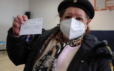 Brooklyn resident Svetlana Danilova who fled the former Soviet Union during WWII received her first dose of the coronavirus vaccine at a pop-up site in Bensonhurst for Holocaust survivors.(Stephen Nessen/WNYC)