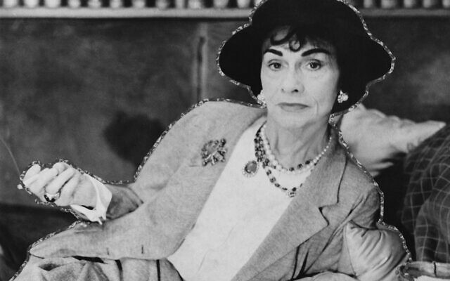 French fashion designer Coco Chanel (1883 - 1971), circa 1962. (Photo by Evening Standard/Hulton Archive/Getty Images)