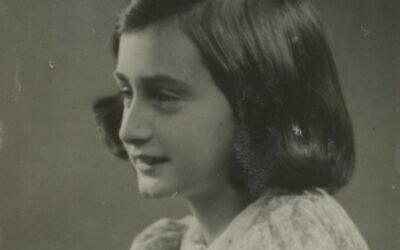 A 1939 passport photo of Anne Frank, May 1939. (Photo collection Anne Frank House, Amsterdam)