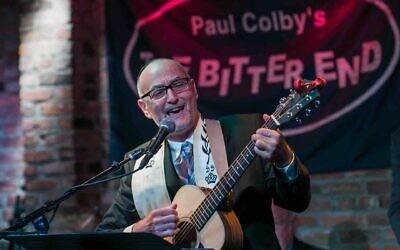 Rabbi Steven Blane will lead the Sim Shalom Jewish Universalist Online Synagogue's High Holidays services at the Bitter End jazz club. (William Alatriste)