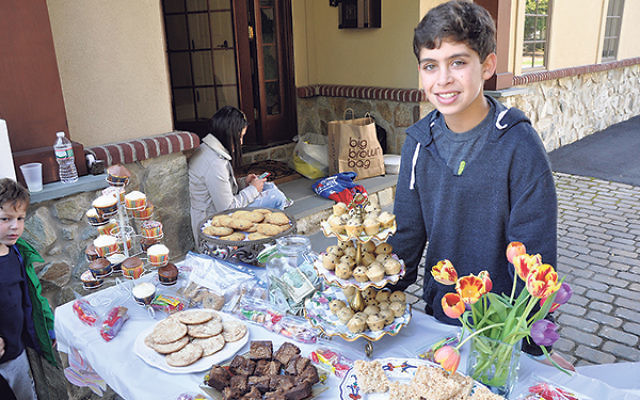 Jesse held a bake sale at his aunt and uncle's Short Hills home to help raise money for Israeli soldiers through Yashar LaChayal.