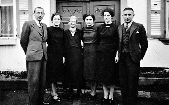 Members of the Weinberger family in Langendernbach in 1939, including, from left, Julius Weinberger, Irma Weinberger Oppenheimer, Paula Weinberger, Hilde Weinberger Rosenbaum, Clothilde Weinberger, and Bernhard Weinberger.