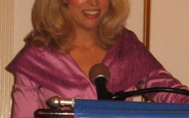 Outed CIA operative Valerie Plame Wilson was the keynote speaker at the Nov. 1 CHOICES Redux dinner sponsored by Women's Philanthropy of United Jewish Communities of MetroWest NJ. Photos by Johanna Ginsberg