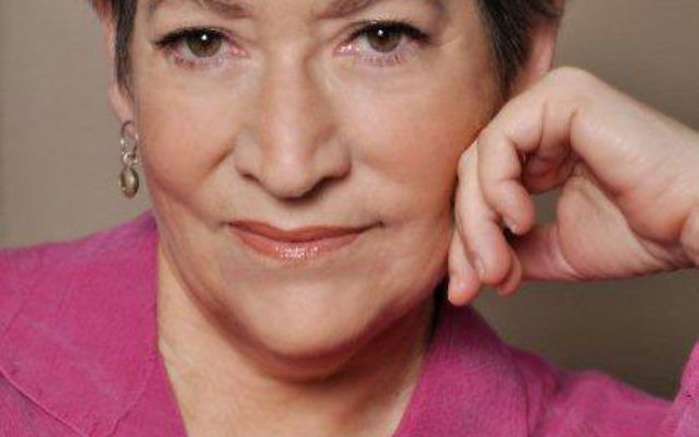 Ellen Kolba, winner of the Reconstructionist Federation's Moreh Derekh Award