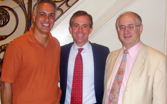 Republican congressional candidate Scott Sipprelle, center, at the June 13 NORPAC fund-raiser with NORPAC president Ben Chouake, right, and Eric Herschmann. Photo by Karen Pichkhadze