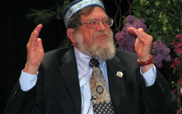 "Rabbi Michael Lerner said, ""Our goal is to create a political movement with spiritual practices."" Photos by Robert Wiener"