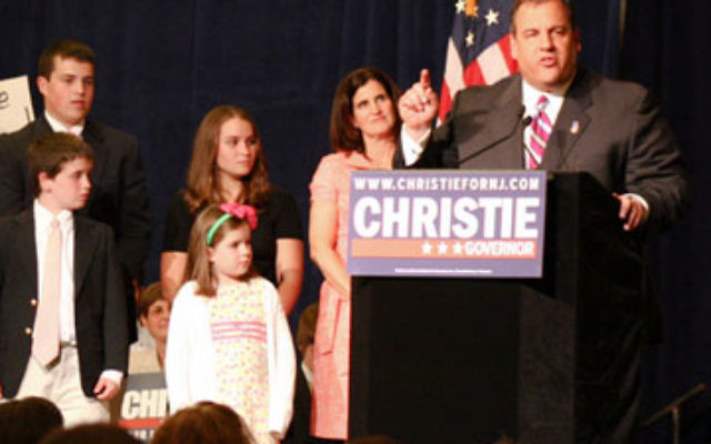 Two weeks after Election Day, political pundits differ over the extent of Gov.-elect Chris Christie's support among Jewish voters.