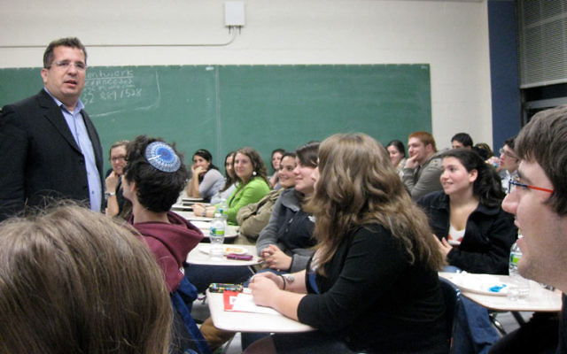 Neil Lazarus, a Jerusalem-based teacher, conducted sessions on Israel advocacy at Rutgers University on Nov. 2. Photo courtesy Rutgers Hillel