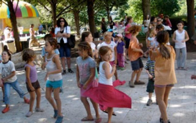 Jewish Center of Princeton children dance at the Green Festival.