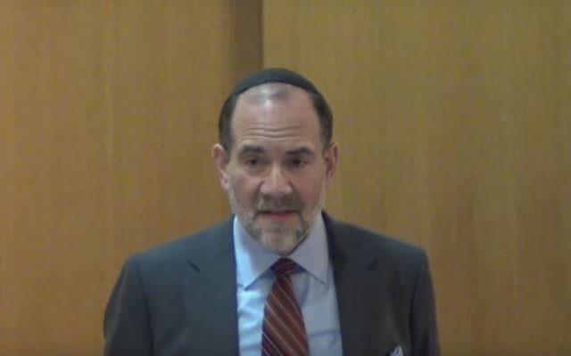 Rabbi Jonathan Rosenblatt speaking at the Riverdale Jewish Center in New York on Feb. 26, 2014. (Screenshot: YouTube)
