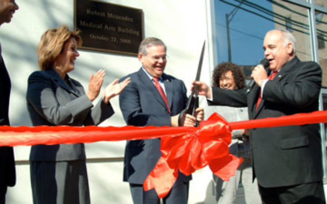 At the October 2008 grand opening for the Robert Menendez Medical Arts Building of the Jewish Renaissance Medical Center in Perth Amboy are, from left, Perth Amboy Mayor Wilda Diaz, Sen. Robert Menendez, JRF CEO Judy Goldberg, and JRF president Dr. Alan G
