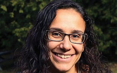 Secular Humanist Rabbi Denise Handlarski: Trying to build online community.