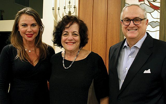 Lara Logan, at left, with Janice Selinger, and Allan Kline, president of Har Sinai Temple.