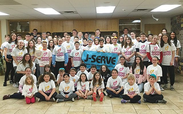 More than 90 volunteers participated in the International Day of Jewish Youth Service.