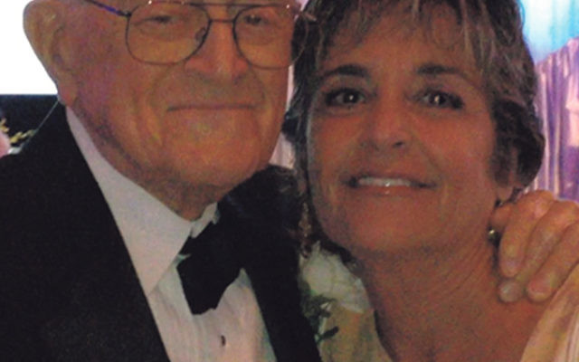 Former federation president Ellen Goldner with her father, David Sommer, at a February 2007 dinner in her parents' honor in Boca Raton, Fla.