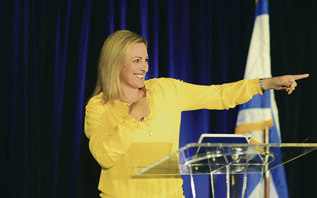 Academy Award-winning actress Marlee Matlin told 350 women gathered for the Main Event that her parents passed along Jewish values that helped her overcome obstacles. Photo courtesy Kim Mejer/Kimera Photography