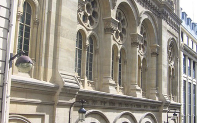 """The exterior of the """"Rothschild synagogue"""" on Rue Victoire."""