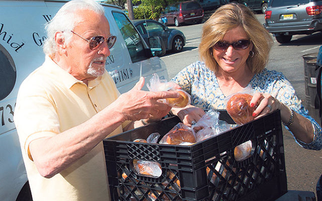 Volunteers distribute Meals-on-Wheels for the Jewish Family Service of Middlesex County.