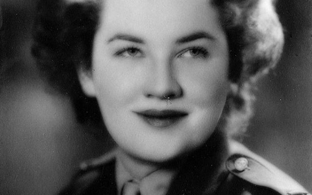 Dinah Selvin was an army medic during World War II.
