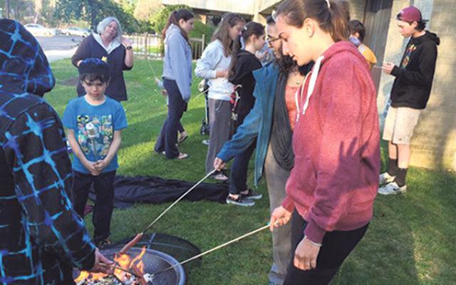 Celebrating Lag Ba'Omer at Congregation Torat El