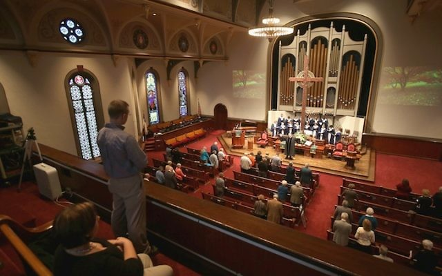 Members of the First Presbyterian Church in Warren, Ohio, attend a Sunday service in 2012. (John Moore/Getty Images, via JTA)