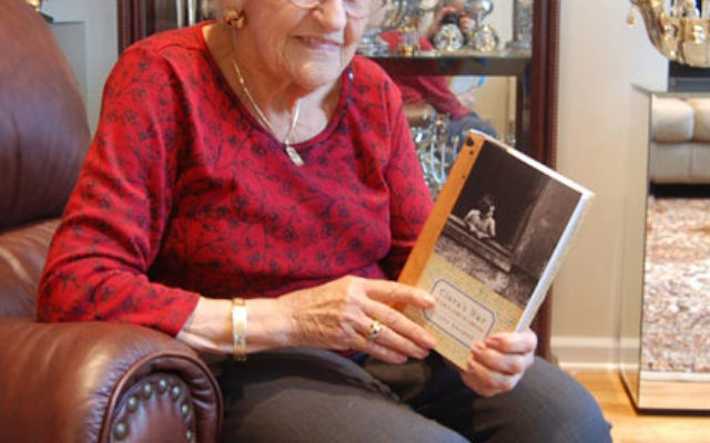 Holocaust survivor Clara Kramer will speak at the weekend Yom Hashoa commemoration hosted by Temple Sholom in Fanwood.