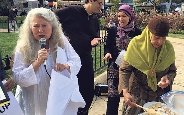 "Jews and Muslims share lunch and the FFEU's ""We Refuse To Be Enemies"" message in Washington."