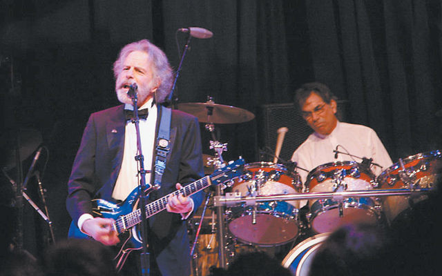 Bob Weir and Mickey Hart of the Grateful Dead performing at the Mid-Atlantic Inaugural Ball during the Obama Inaugural in January 2009. Photo by dbking/Flickr