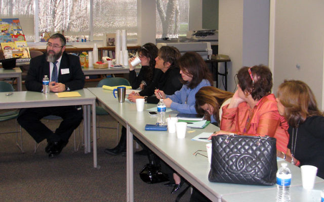 Israel advocacy trainer David Olesker gives tactical advice to MetroWest community leaders. Photos by Robert Wiener
