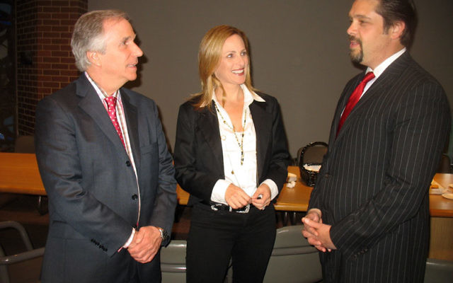 Henry Winkler and Marlee Matlin with Rabbi Matthew Gewirtz, at Temple B'nai Jeshurun's Cooperman Family Distinguished Speaker Series, held April 29. Photos by Johanna Ginsberg