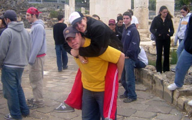Stacey Weinberg and Yimi Kierman tour an ancient site during the Birthright Israel trip they met on five years ago.