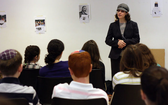Rabba Sara Hurwitz speaks to middle school students at the JOFA conference March 14.