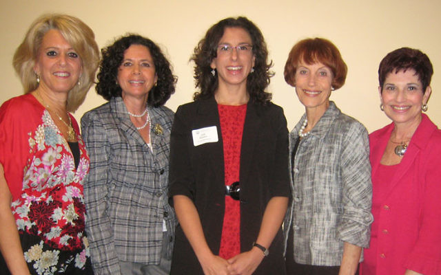 Enjoying themselves at the Main Event are, from left, federation board member Linda Block, incoming president Arlene Frumkin, New York Times writer Jodi Kantor, and chairs Gail Shapiro-Scott and Joan Litt. Photo courtesy Jewish Federation of Gr