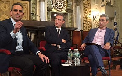 Tal Keinan, left, Bret Stephens, and Rabbi Elliott Cosgrove at last week's forum at Park Avenue Synagogue. Photo by Stuart Himmelfarb