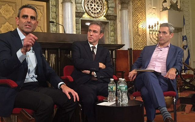 Tal Keinan, left, Bret Stephens, and Rabbi Elliott Cosgrove at last week's forum at Park Avenue Synagogue. Photo by Stuart Himmelfarb