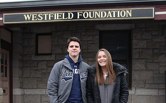 WAYVE Teen Foundation Board cochairs Ryan Smith and Rachel Simpson