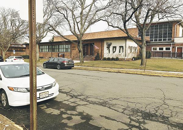 Streimels in suburbia | New Jersey Jewish News