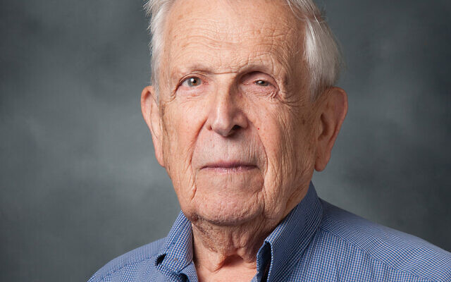 Martin Fox was considered a brilliant leader and mentor to Jewish communal professionals. He died April 8 from complications of the coronavirus.