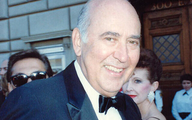 Carl Reiner at the Emmys in 1989. Flickr