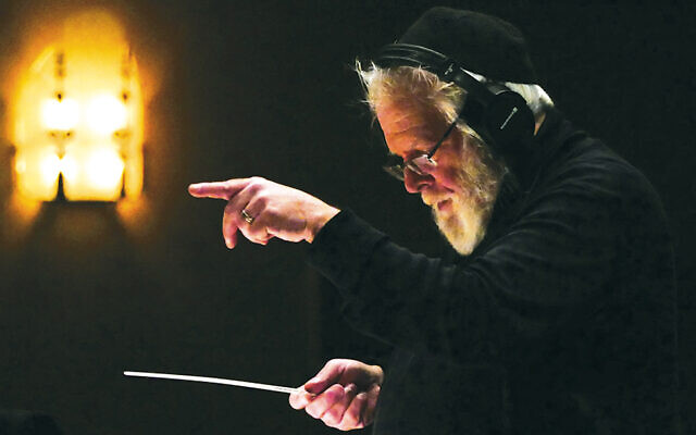 "Zalmen Mlotek at a recording session for the Folksbiene's Yiddish ""Fiddler on the Roof."" (Photo by James Gavin.)"