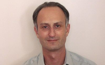 Leon Eisen, entrepreneur