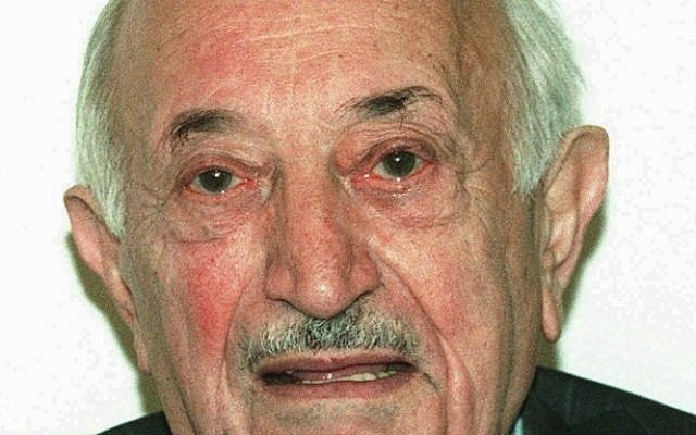 Simon Wiesenthal in 1995. (photo credit: AP/Ronald Zak, File)