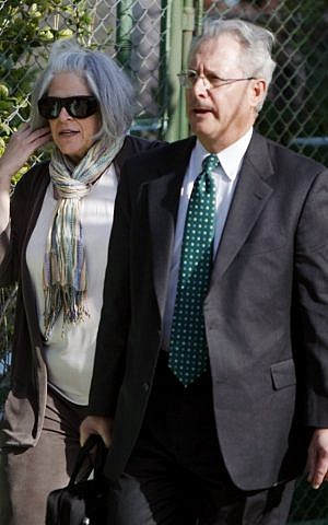 Judy Gross and Peter J. Kahn, respectively wife of and lawyer for U.S. government contractor Alan Gross, arrive at the courthouse in Havana in March. (photo credit: AP/Javier Galeano)